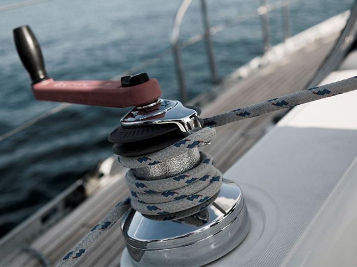 Sailing winch   Atradius